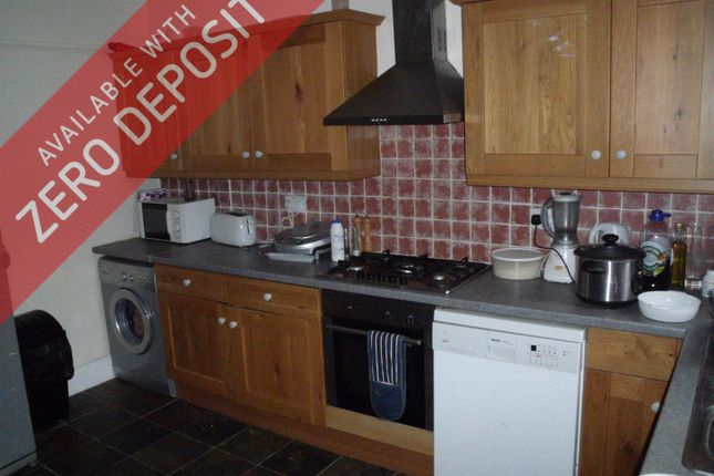 Thumbnail Property to rent in Victoria Grove, Fallowfield, Manchester