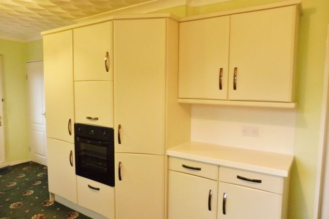 Kitchen of Overdale Road, Wombwell S73