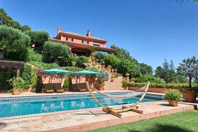 Thumbnail Villa for sale in Spain, Málaga, Benahavís