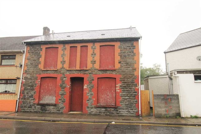 Main Picture of Partridge Road, Llwynypia, Tonypandy CF40