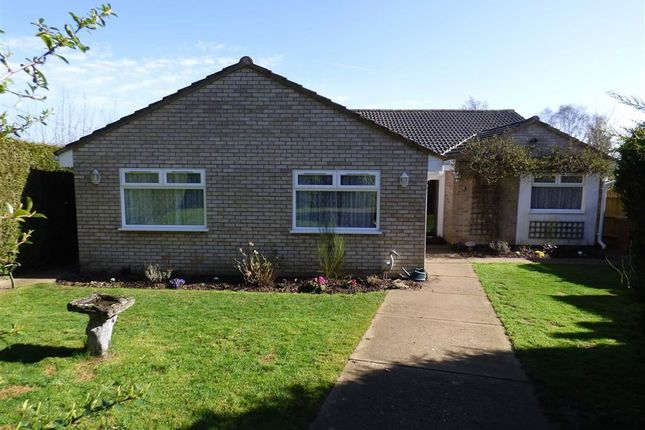 Thumbnail Detached bungalow for sale in Hillside Road, Flore, Northampton
