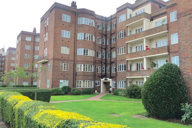 2 bed flat to rent in Chiswick Village, Chiswick, London