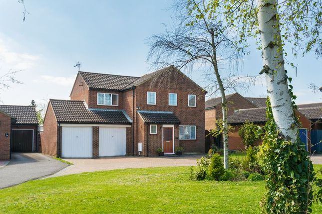 Thumbnail Detached house for sale in Windmill Avenue, Bicester