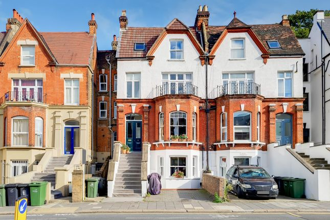 2 bed flat for sale in Norwood Road, London SE24