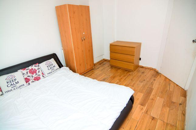 Thumbnail Flat to rent in Edwin Street, London