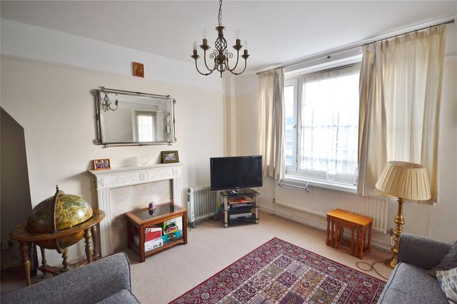 3 bed flat for sale in Greatfield, Peckwater Street, London