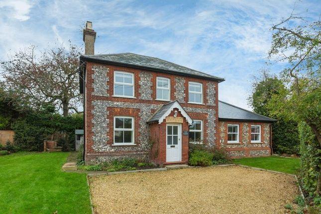 Thumbnail Detached house to rent in Hampden Road, Speen, Princes Risborough
