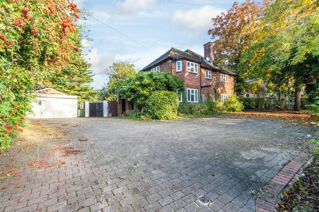 Thumbnail Detached house to rent in Woodside Road, Northwood