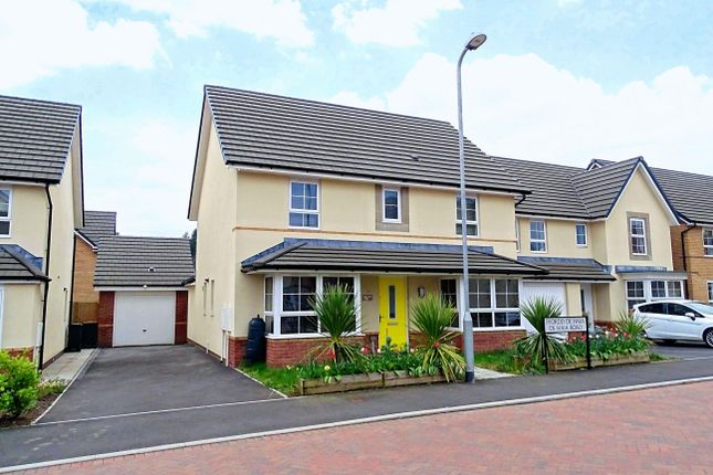 Thumbnail Property to rent in De Haia Road, Rogerstone, Newport