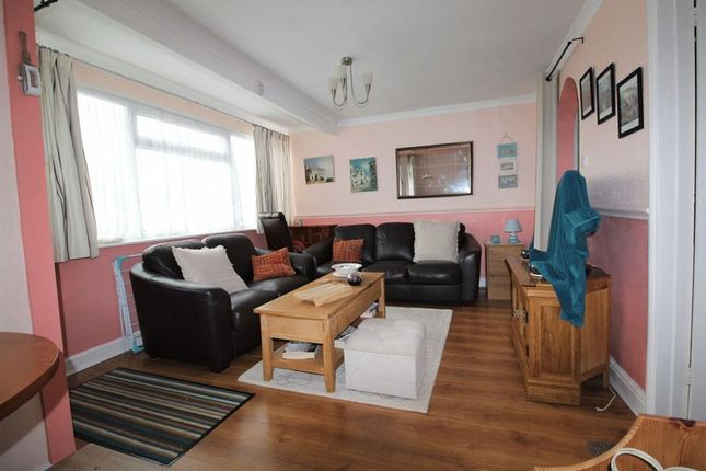 Lounge Area of California Road, California, Great Yarmouth NR29