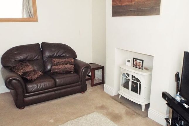 Lounge of Thorneyburn Avenue, South Wellfield, Whitley Bay NE25