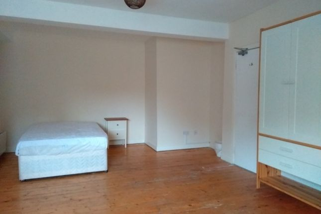 Thumbnail Flat to rent in Friars Street, Stirling Town, Stirling