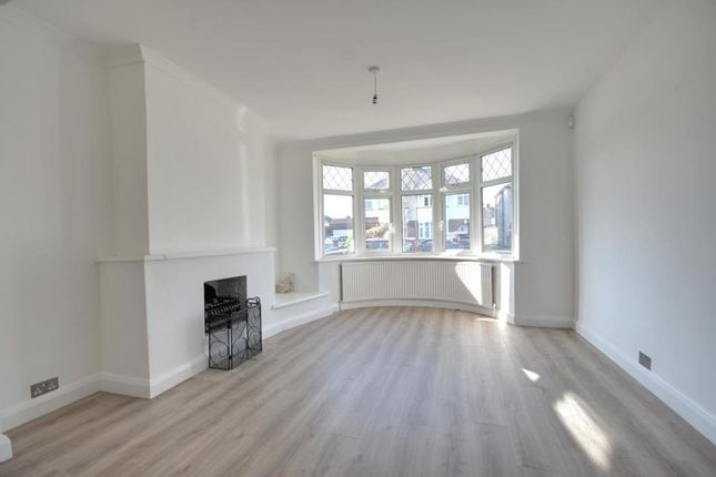 5 bed semi-detached house to rent in Jubilee Drive, South Ruislip HA4