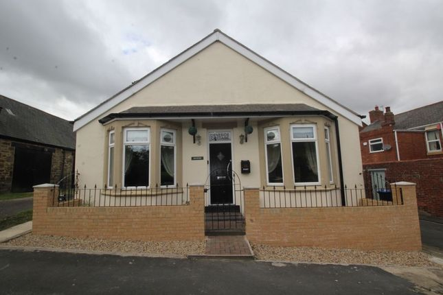Thumbnail Bungalow for sale in Woodside, Beamish, Stanley