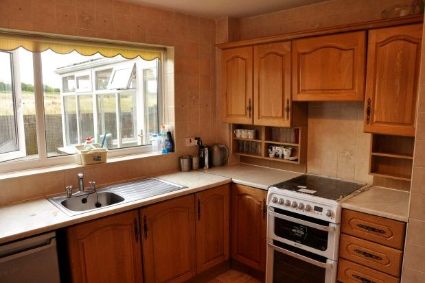 Thumbnail Property to rent in Britten Close, Guide, Blackburn