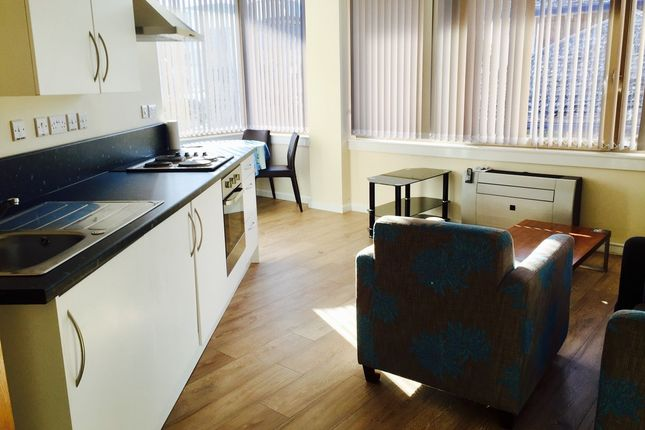 Thumbnail Flat to rent in Bracknell