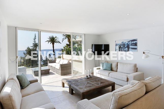 8 bed property for sale in Cannes, France