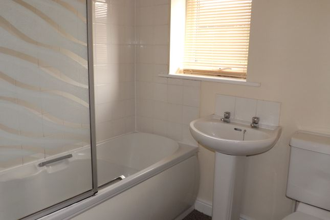 Thumbnail Flat to rent in Chapel Walk, Coppull, Chorley