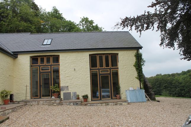 Thumbnail Cottage to rent in Pantllyn, Llandybie, Ammanford