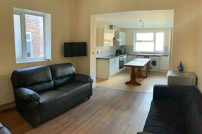 Thumbnail Detached house to rent in Egerton Road, Fallowfield, Manchester