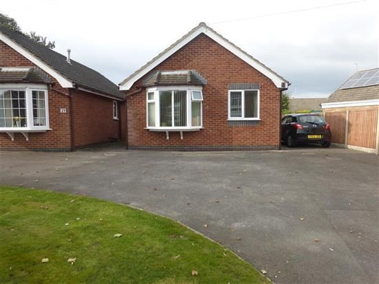 Thumbnail Bungalow to rent in Lawsons Road, Thornton-Cleveleys