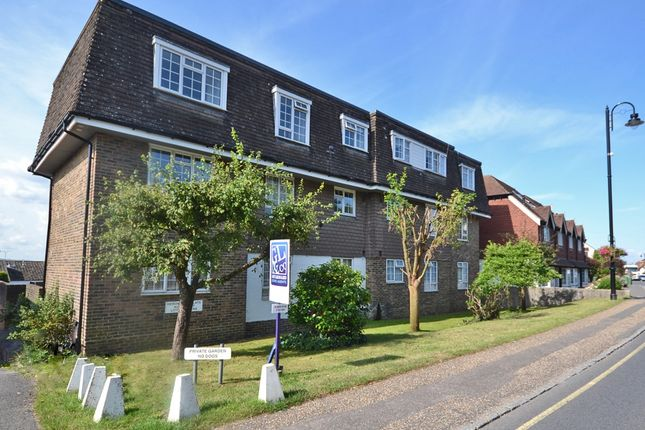 Thumbnail Flat to rent in Pulborough, West Sussex