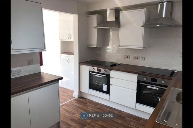 Thumbnail Room to rent in Middleton, Leeds