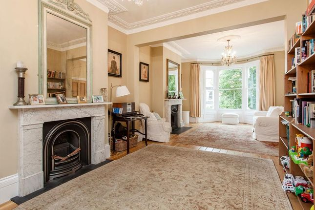 Thumbnail Terraced house for sale in Cromwell Avenue, Highgate, London