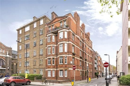 Thumbnail Property for sale in Kingsway Mansions, 23A Red Lion Squarelondon
