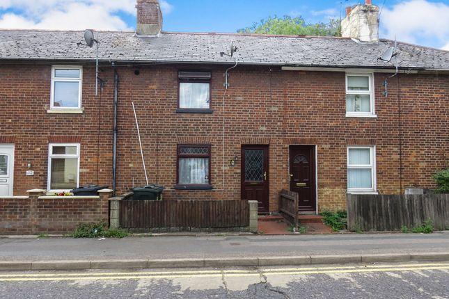 Thumbnail Terraced house for sale in Hythe Road, Ashford