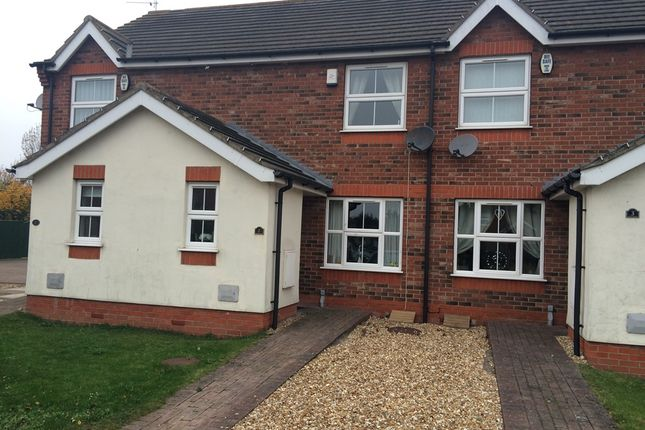 Thumbnail Town house to rent in Finchley Court, Grimsby
