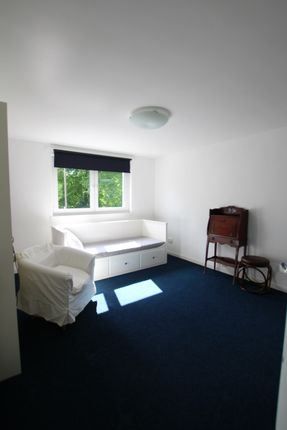 Thumbnail Flat to rent in Princes Place, Glasgow