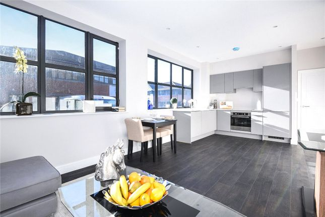 Thumbnail Flat for sale in Century House, Tolpits Lane, Watford, Hertfordshire