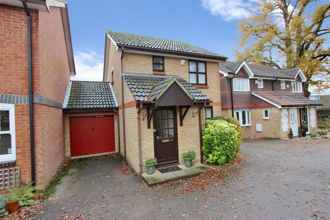Thumbnail Detached house for sale in Betjeman Way, Gadebridge Park, Hemel Hempstead, Hertfordshire