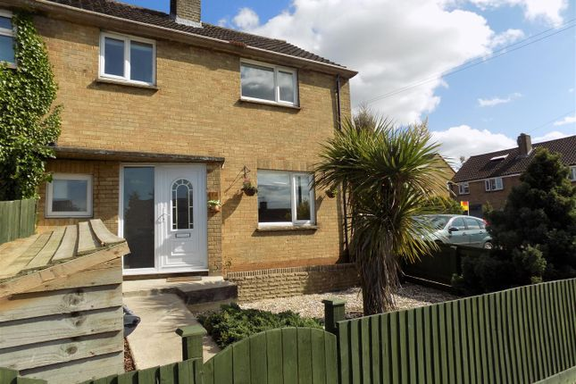 Thumbnail Property for sale in Hailey Avenue, Chipping Norton
