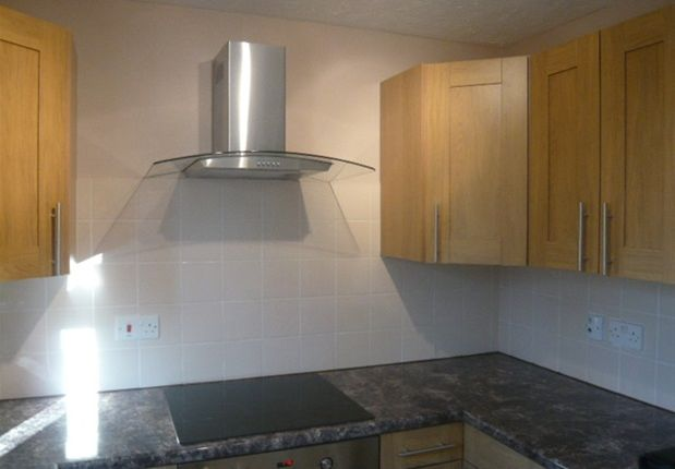 1 bed flat to rent in Redford Close, Feltham