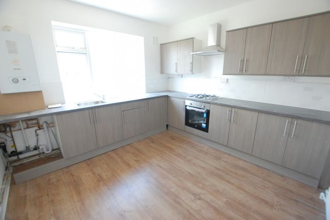 Thumbnail Flat to rent in Richmond Park Road, Sheffield, South Yorkshire