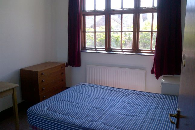 Room to rent in Wyndcliffe Road, Southsea