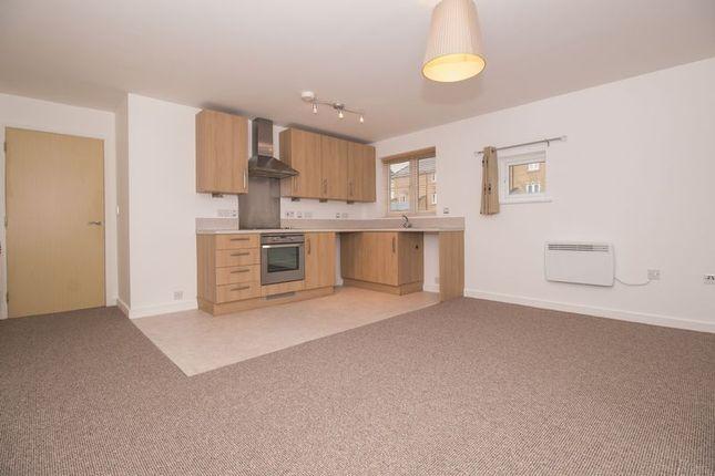 Thumbnail Flat to rent in Arnold Road, Mangotsfield, Bristol