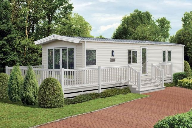 3 bedroom mobile/park home for sale in Ocean Edge Holiday Park, Moneyclose Lane, Heysham, Morecambe, Lancashire
