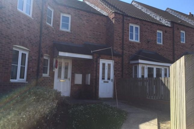 Flat to rent in Raynald Road, Sheffield