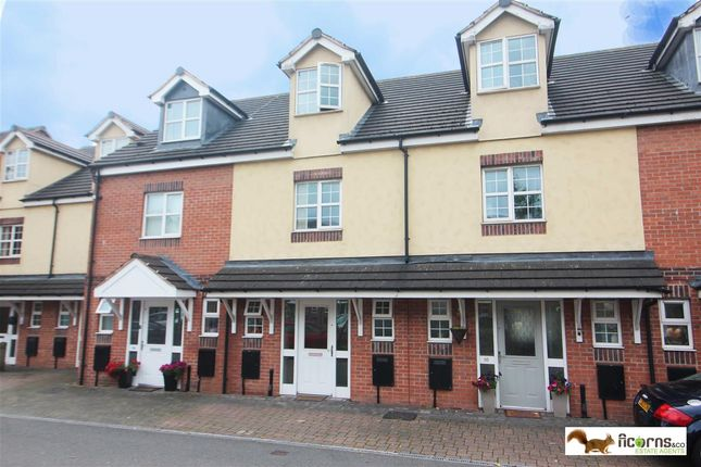 Main Picture of Manorhouse Close, Walsall WS1