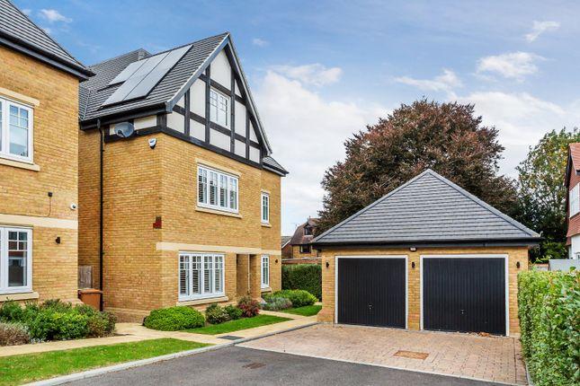 Thumbnail Detached house for sale in Fowey Place, Sutton, Surrey