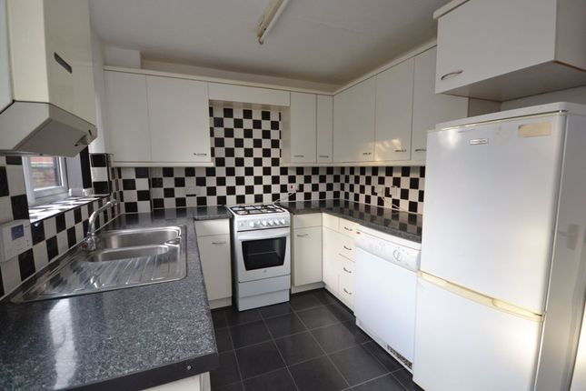 2 bed semi-detached house to rent in Elkington Rise, Madeley, Crewe CW3