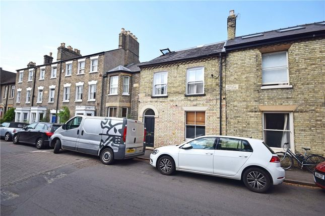 Thumbnail Terraced house to rent in Grantchester Street, Cambridge