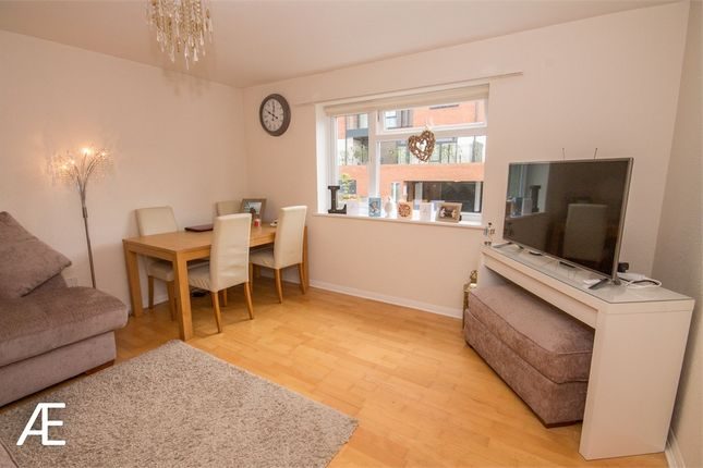 Thumbnail Flat to rent in 10 Ringers Road, Bromley, Kent