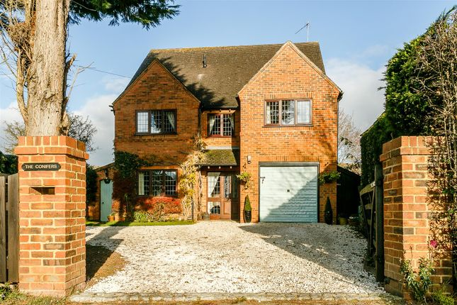 Thumbnail Detached house for sale in Southam Street, Kineton, Warwick, Warwickshire