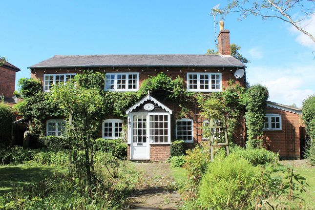Thumbnail Detached house for sale in Windy Arbour, Kenilworth