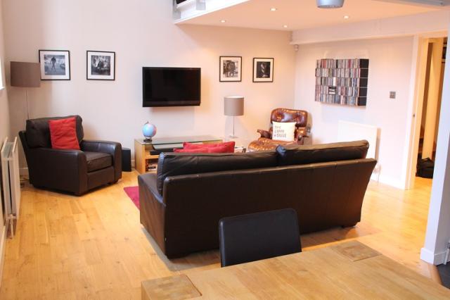 Thumbnail Flat to rent in Giles Street, Edinburgh EH6,