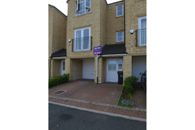 3 bed town house for sale in Beech Tree Close, Keighley